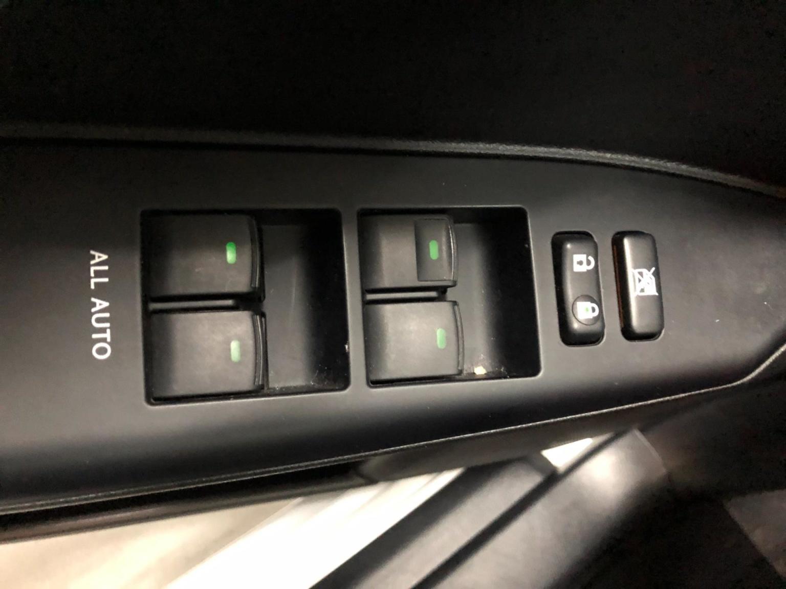 Lexus-CT-10